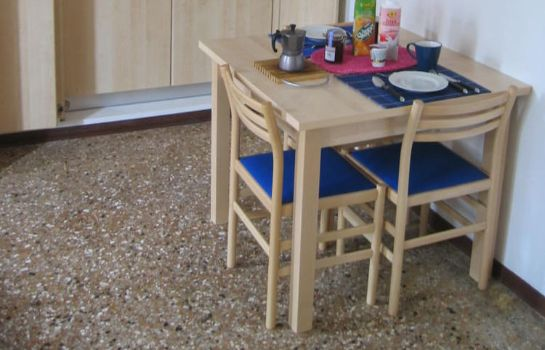 Cucina in camera Santo Stefano - Bed & Breakfast