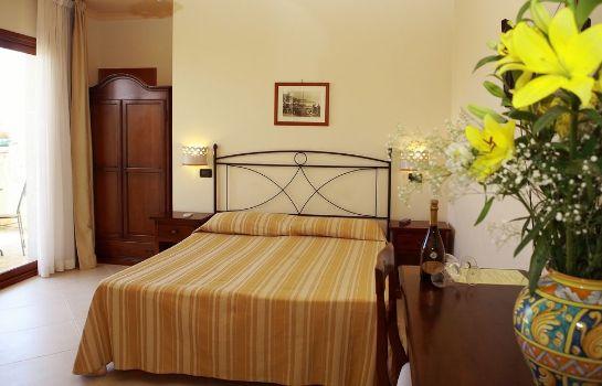 Hotel b b villa cristina in giardini naxos u hotel de