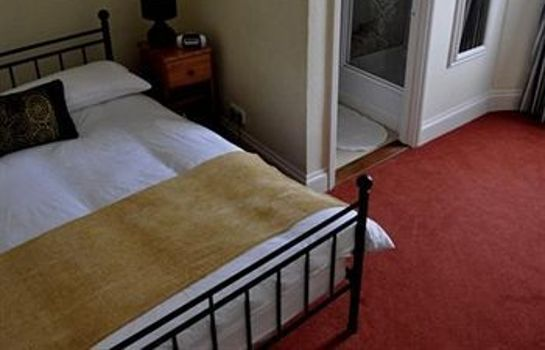 Single room (standard) Duke of Cornwall