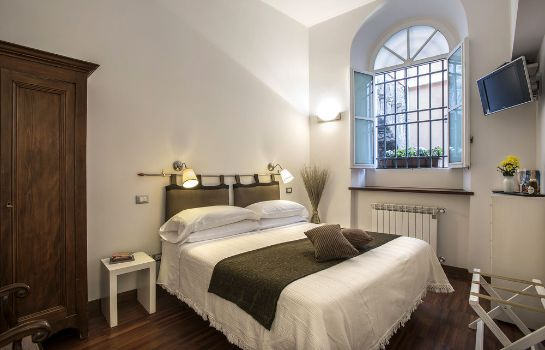 chambre standard Arco del Lauro Bed & Breakfast
