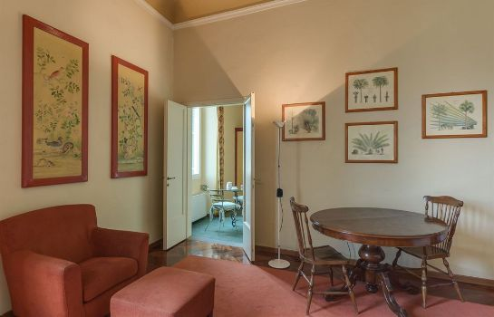 Info Family Apartments Rinascimento Palace