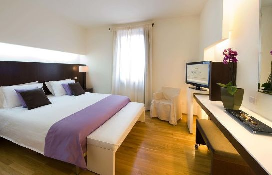Chambre double (confort) La Reggia Sporting Center