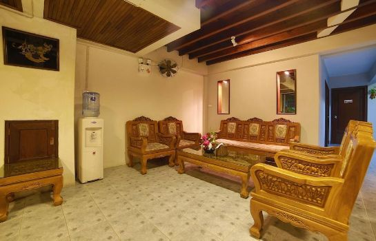 Hotelhalle Relax Guest House