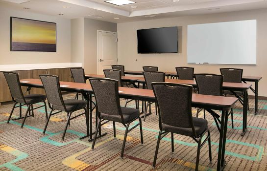 Conference room Residence Inn Kansas City at The Legends