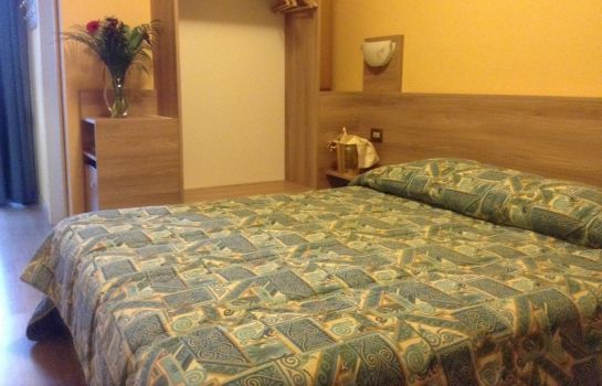 Double room (standard) Route 9