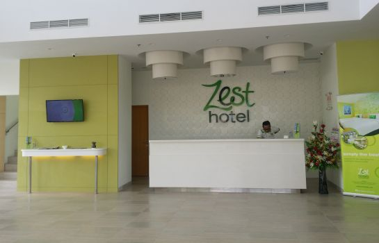 Reception Zest Hotel Harbour Bay Batam