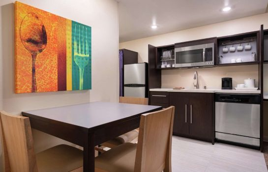 Zimmer Home2 Suites by Hilton Anchorage-Midtown