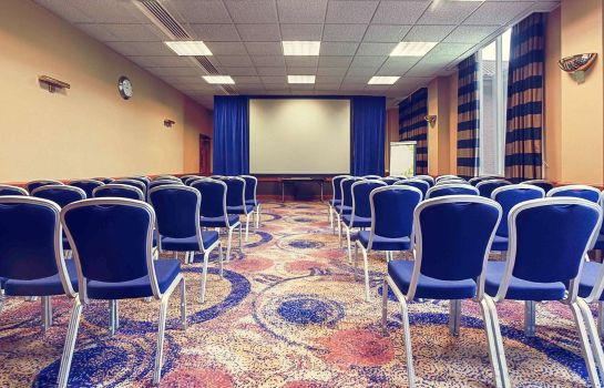 Conference room Mercure Daventry Court Hotel