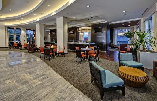 Hotel bar HGI Nashville Convention Center