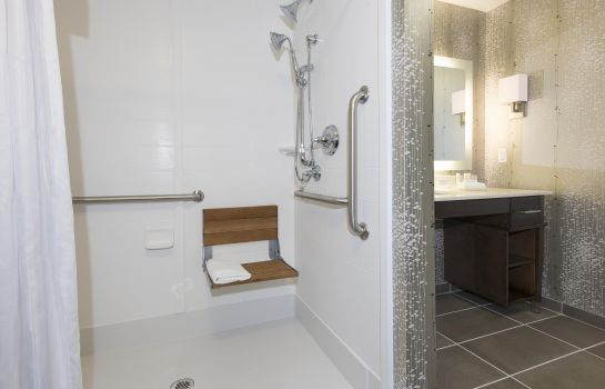 Zimmer Homewood Suites by Hilton Cleveland-Sheffield