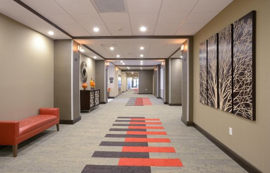 Hall Hampton Inn - Suites - Cincinnati-Kenwood OH