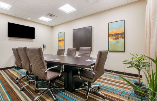 Conference room Hawthorn Suites by Wyndham Bridgeport/Clarksburg Hawthorn Suites by Wyndham Bridgeport/Clarksburg