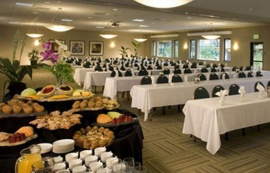 Congresruimte an Ascend Hotel Collection Member Gaia Hotel & Spa Redding