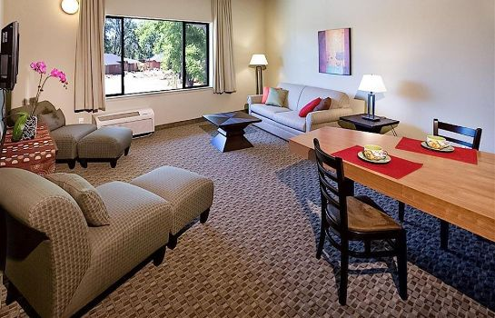 Zimmer Gaia Hotel and Spa Redding Ascend Hotel