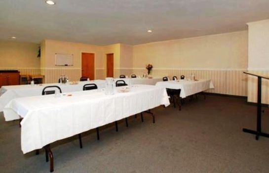 Conference room Quality Inn Binghamton West
