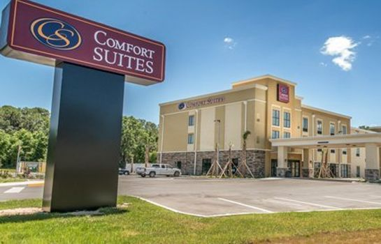 Exterior view Comfort Suites near Rainbow Springs