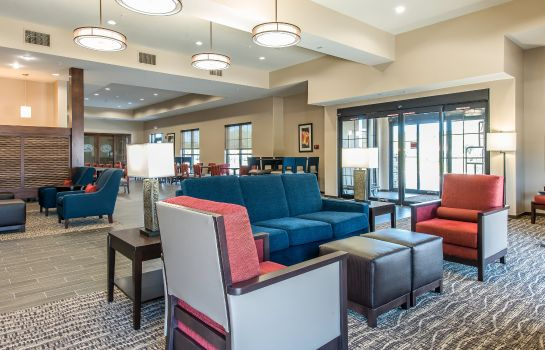 Hotelhalle Comfort Suites near Rainbow Springs