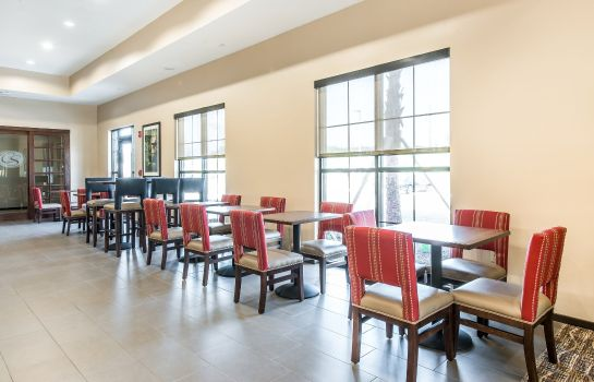 Restaurant Comfort Suites near Rainbow Springs