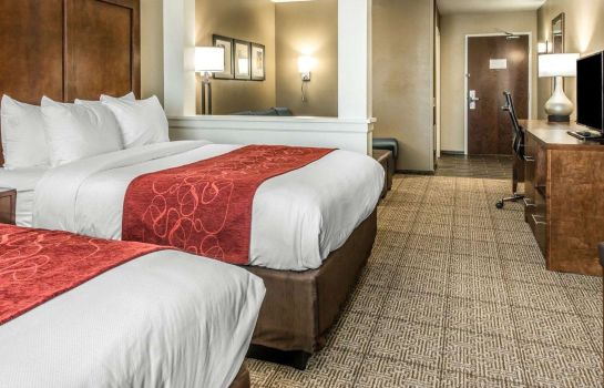 Suite Comfort Suites near Rainbow Springs
