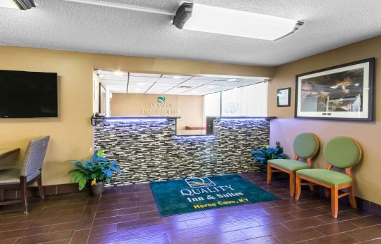 Vestíbulo del hotel Quality Inn and Suites Horse Cave