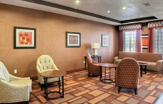 Lobby Comfort Inn & Suites Lawrence - University Area