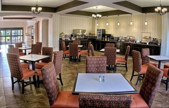 Restauracja Comfort Inn & Suites Lawrence - University Area