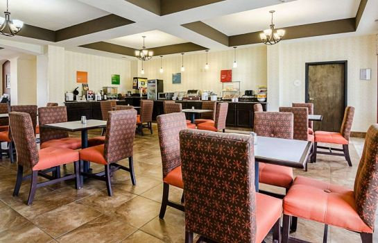 Restaurant Comfort Inn & Suites Lawrence - University Area