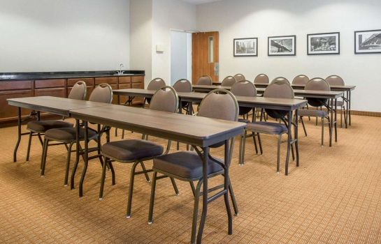 Conference room MainStay Suites Meridian