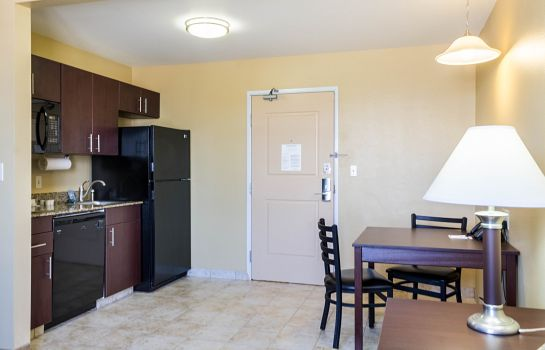 Camera MainStay Suites Minot