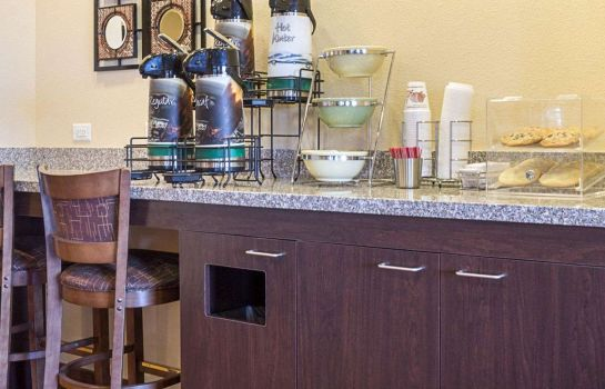 Restaurante Quality Inn & Suites Minot