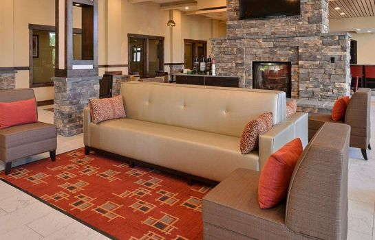 Lobby Quality Inn & Suites Tacoma - Seattle