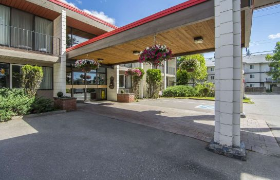 Vista exterior Quality Inn Quesnel