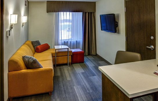 Suite DoubleTree by Hilton West Fargo