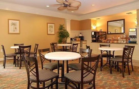 Restaurant MainStay Suites at PGA Village
