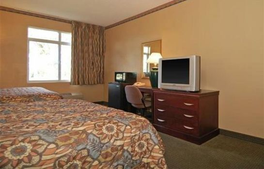 Zimmer MainStay Suites at PGA Village