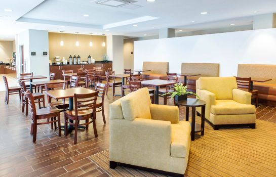 Restaurant Sleep Inn and Suites Defuniak Springs -