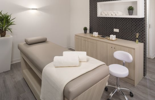 Massage room Innside Frankfurt Ostend