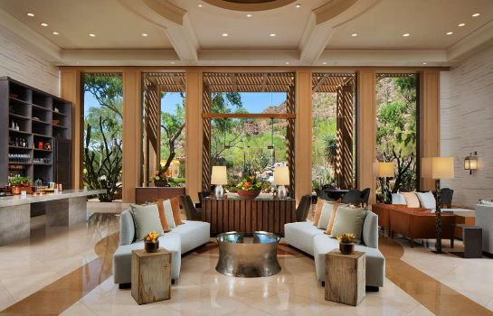 Hol hotelowy Scottsdale  a Luxury Collection Resort The Canyon Suites at The Phoenician