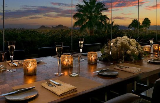 Restauracja Scottsdale  a Luxury Collection Resort The Canyon Suites at The Phoenician