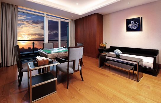 Info HUALUXE Hotels and Resorts HAIKOU SEAVIEW