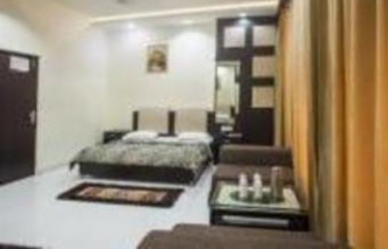Single room (superior) Hotel Akaal Residency