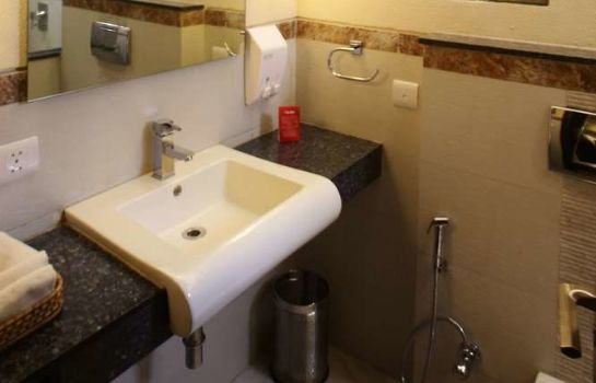 Bagno in camera Stallen Suites & Apartments Nehru Place