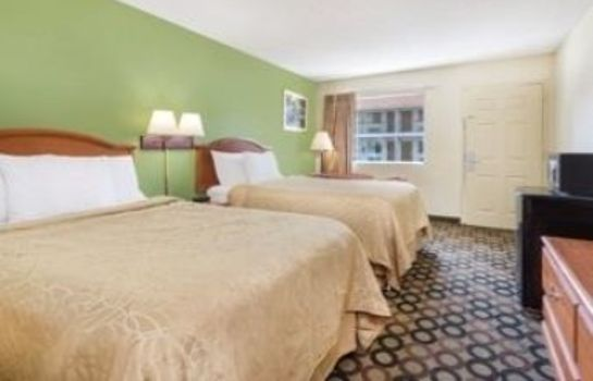 Zimmer DAYS INN ASHBURN GA