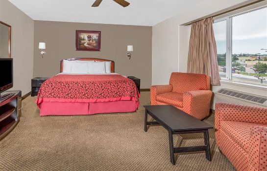 Suite Days Inn by Wyndham Colorado Springs Air Force Academy