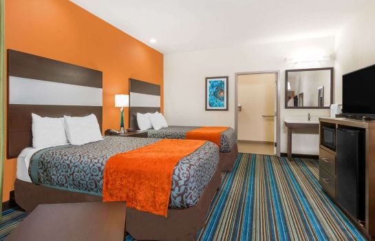 Zimmer DAYS INN AND SUITES KATY