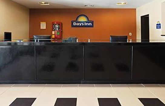 Hall DAYS INN HENRYETTA