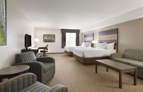 Suite DAYS INN AND SUITES LINDSAY
