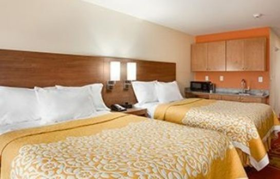 Suite DAYS INN & SUITES BY WYNDHAM C