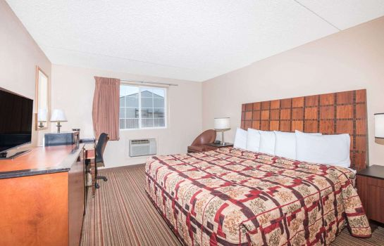 Chambre KNIGHTS INN AND SUITES GRAND F