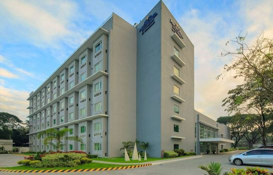 Exterior view MICROTEL BY WYNDHAM UP TECHNOH